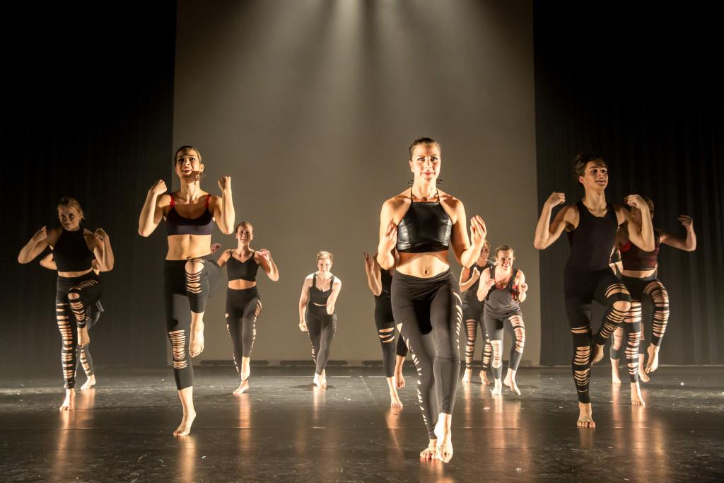 1220_danstheaterstudio-annemieke-bais_close-to-you-fotografie