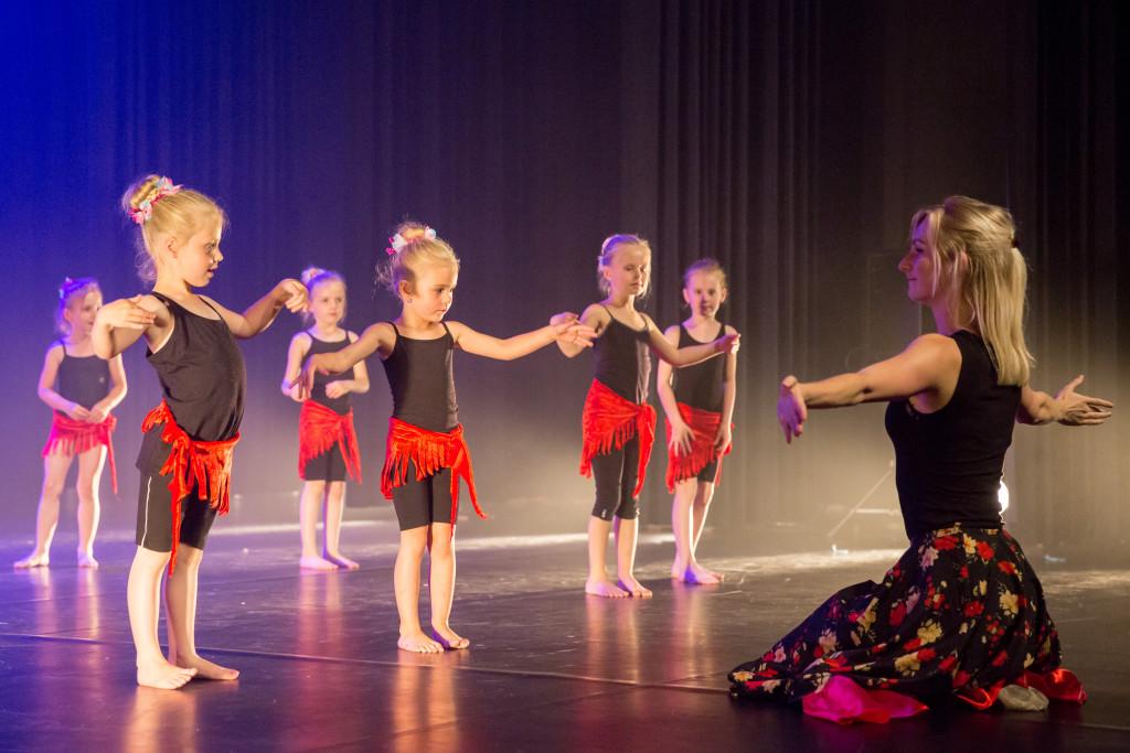 0534_danstheaterstudio-annemieke-bais_close-to-you-fotografie