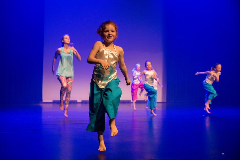 0737_danstheaterstudio-annemieke-bais_close-to-you-fotografie