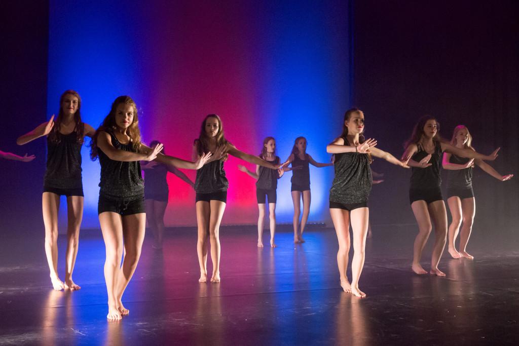 1111_danstheaterstudio-annemieke-bais_close-to-you-fotografie